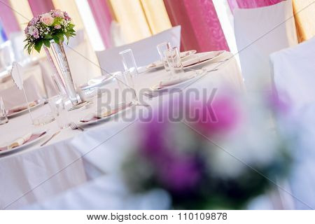 Beutiful Wedding Setting With Bouquet