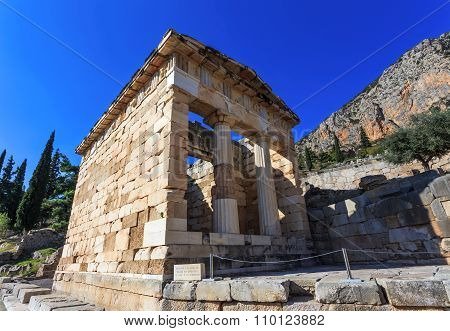 treasure of Athenians in Ancient Delphi