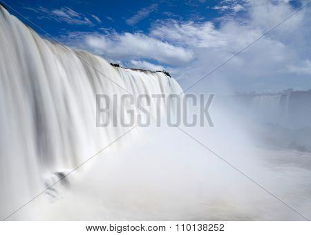 Iguassu(Iguazu) Falls