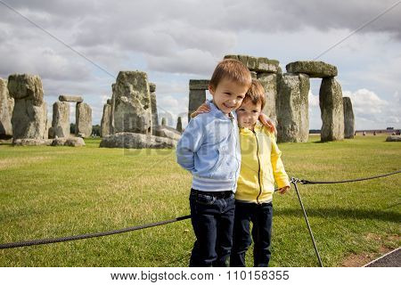 Two Kids, Visiting Stonehenge