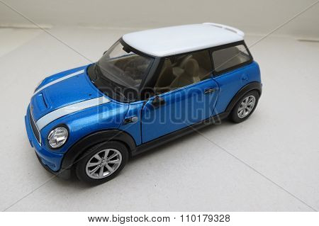 Red Mini Cooper Car (2013 Version)