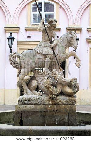 Matador de dragão; Brataslava, Eslováquia