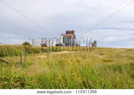 Boydston Grain Elevators Near Groom, Texas, Usa.