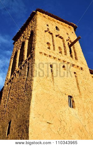 Africa  In Histoycal Maroc  Old Construction  And The