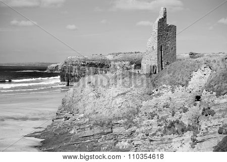 Black And White Ballybunion Castle Ruins