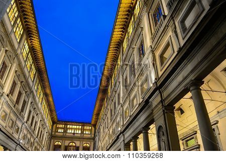 Galleria Degli Uffizi Under A Clear Sky By Night