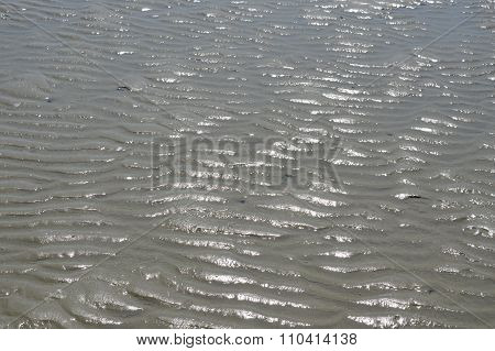 undulation sand on the beach