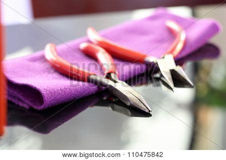 Instruments jeweler