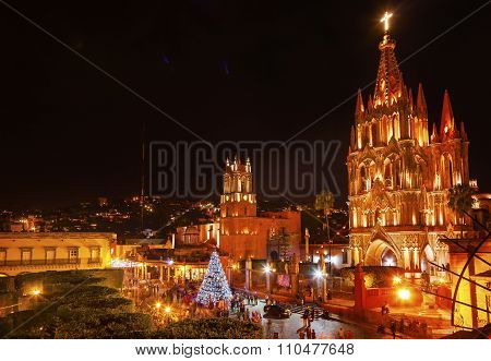 Parroquia Jardin Archangel Church Night San Miguel De Allende Mexico