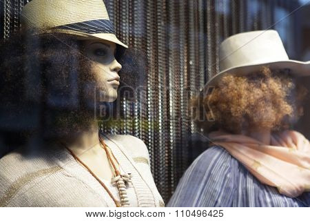 mannequin in hat. No brandnames or copyright objects.