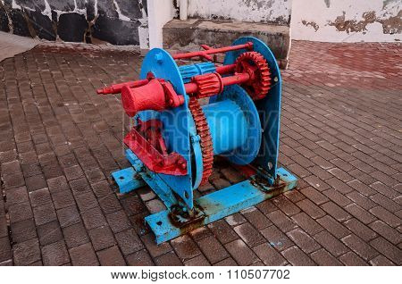 Old Vintage Metal Winch