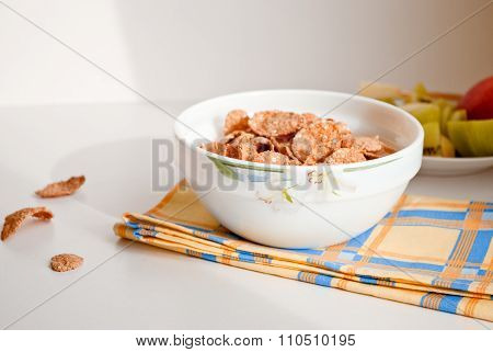 Photo of Corn flakes in bowl