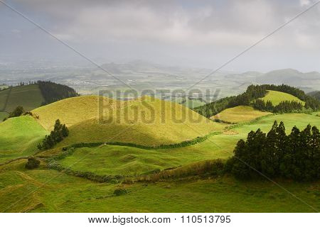 Peaceful Hills In  Sao Miguel