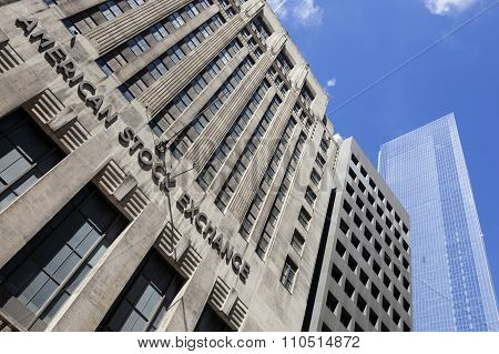 Facade Of New York Stock Exchange And Blue Sky