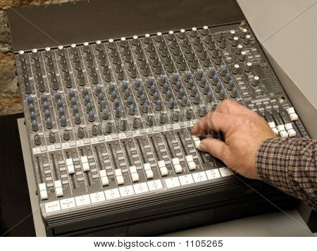 Hand On Audio Board