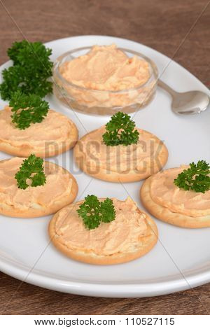 closeup crackers and salmon pate