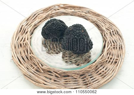 Blacks Winter Truffles From Umbria Called Scorzoni
