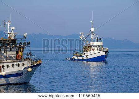 Fishing boat coming