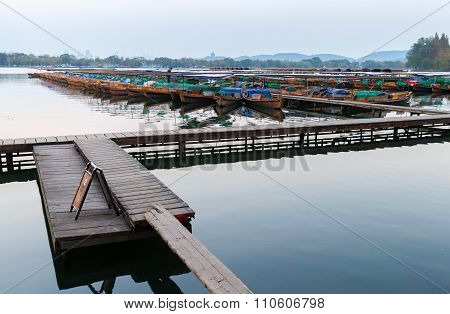 Chinese Wooden Recreation Boats Floats Moored