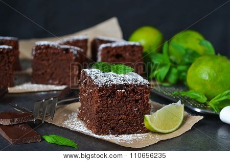 Brownie with lime