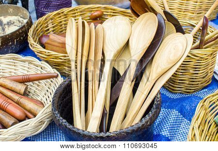 Wooden spoons for sale