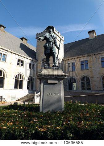 Statue of Louis Joliet (1903)