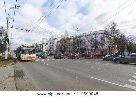 VLADIMIR, RUSSIA -05.11.2015. movement of buses on Lenin Street