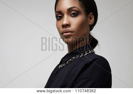 Beuty Black Woman With A Traight Hair