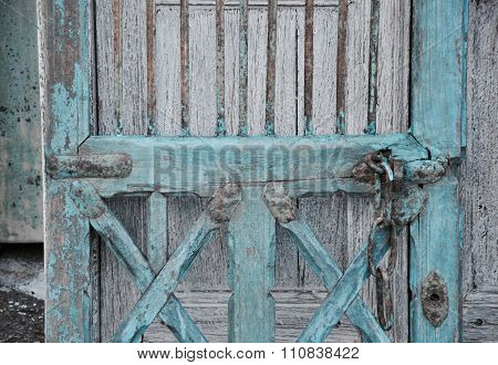 Shabby Chic: Baby Blue Door Detail