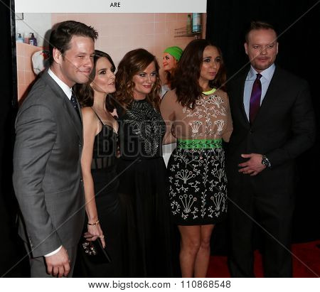 NEW YORK-DEC 8: (L-R) Actors Ike Bainholtz, Tina Fay, Amy Poehler, Maya Rudolph and director Jason Moore attend the premiere of