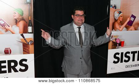 NEW YORK-DEC 8: Actor Bobby Moynihan attends the premiere of