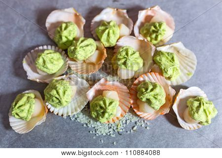 Frozen scallops in shells with garlic butter