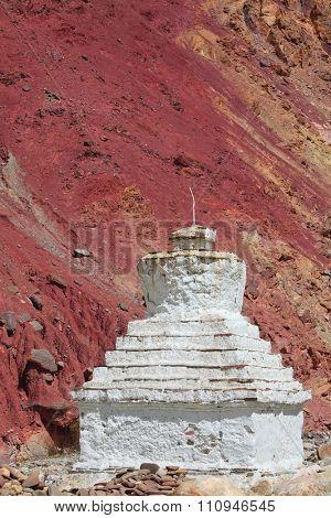Buddhistic stupas (chorten) in the Himalayas a?? Ladakh, Jammu & Kashmir, India