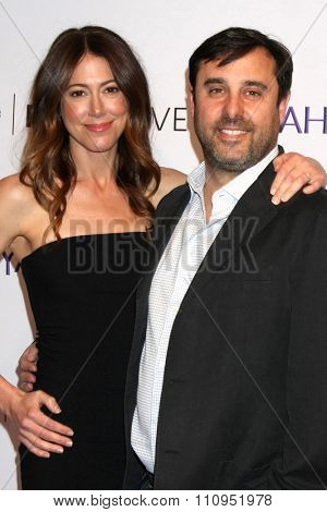LOS ANGELES - DEC 8:  Jeff Schaffer, Jackie Marcus Schaffer at the PaleyLive LA -  The League - A Fond Farwell at the Paley Center For Media on December 8, 2015 in Beverly Hills, CA