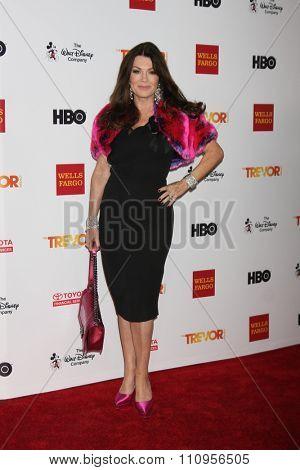 LOS ANGELES - DEC 6:  Lisa Vanderpump at the TrevorLIVE Gala at the Hollywood Palladium on December 6, 2015 in Los Angeles, CA