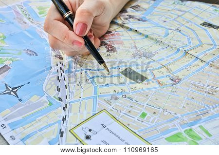 Notes On A Map Of Amsterdam