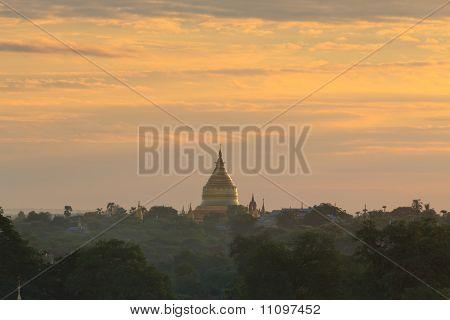 shwezigon pagoda at sunrise,Bagan, Myanmar