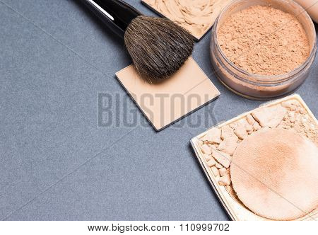 Different Types Of Cosmetic Powder For Makeup