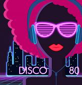 Постер, плакат: Disco 80s Girl with Headphones