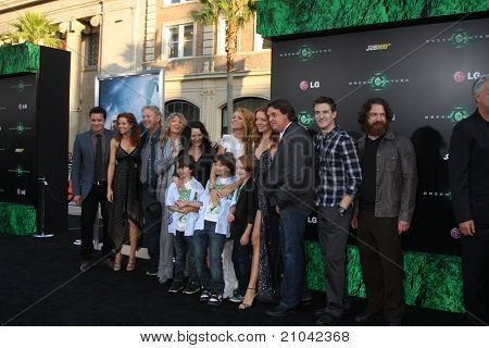 LOS ANGELES - JUN 15:  Blake Lively & Family arriving at the Green Lantern Premiere at Grauman's Chinese Theater on June 15, 2011 in Los Angeles, CA