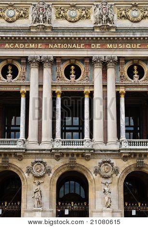 Academie De Musique i
