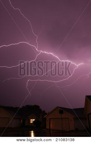 cloud lightning stirke