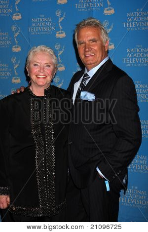 LOS ANGELES - JUN 17: Susan Flannery, John McCook in the Press Area at the 38th Annual Daytime Creative Arts & Entertainment Emmy Awards at Westin Bonaventure Hotel on June 17, 2011 in Los Angeles, CA