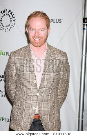 LOS ANGELES - MAR 14:  Jesse Tyler Ferguson arrives at the
