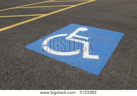 Símbolo de aparcamiento para minusválidos