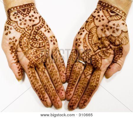 Henna Taoo