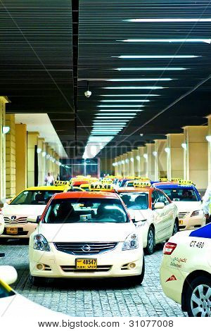 Busy taxi rank in Dubai UAE