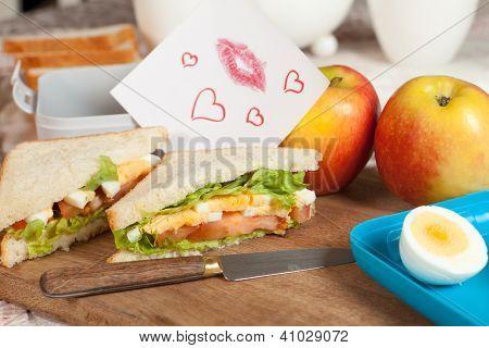 Closeup of a love note in a lunchbox