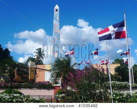 Central square obelisk in La Romana