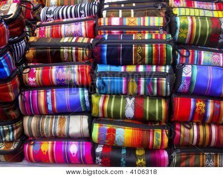 ecuadorianische gewebte Taschen